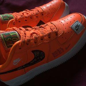 Orange Air Force 1